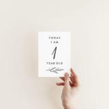 男の子でも女の子でも使える♡月齢カード無料テンプレート